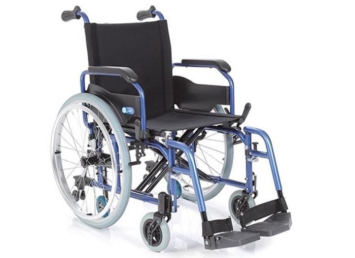 Zložljivi invalidski voziček