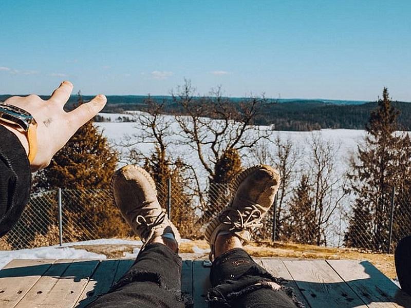 Moški zimski čevlji iz najrazličnejših materialov